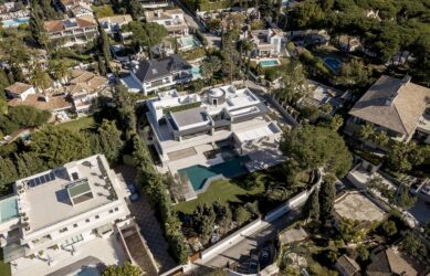 Luxury Villa Development