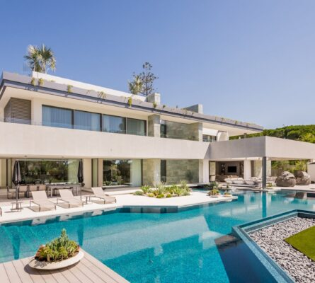 Developing and Constructing luxury villas